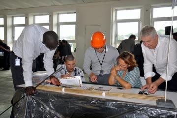 bridging the divide innovative team building Belgium