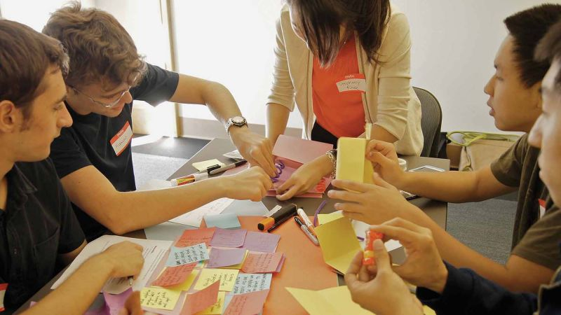 fun creative team building business game