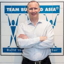 David Simpson Team Building Asia