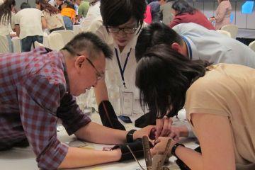helping hands team building programme