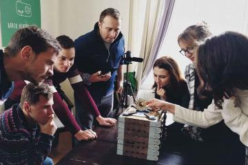problem solving by teams in romania