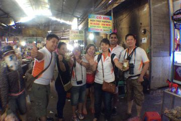 travel show creative team building activity