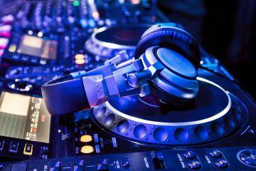 DJ Creative Music Team Building Activity