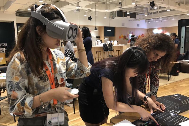 The Infinite Loop Virtual Reality Team Building